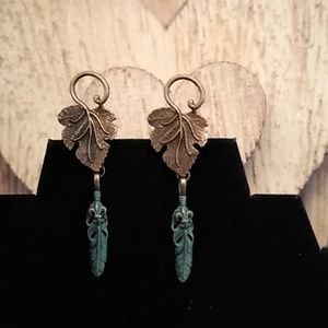 Jewelry - Outside the Box Feather Earrings